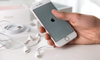 How to Prepare an iPhone for Sale